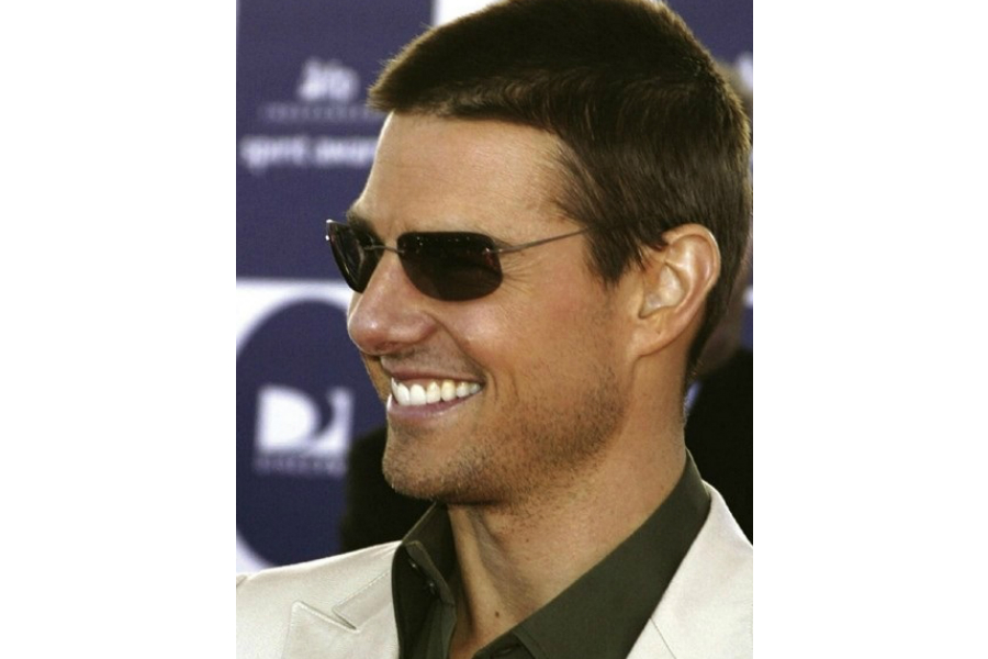 23ad29cd19909 Tom Cruise ao estilo da Silhouette